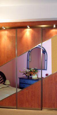 szafa na wymiar płyta z lustrem 25