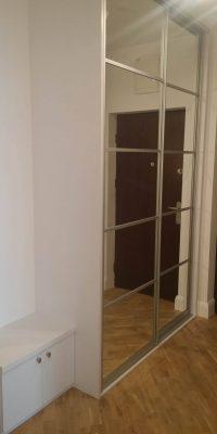 szafa w przedpokoju z lustrem Warszawa