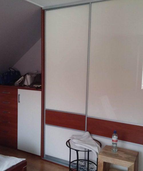 zabudowa sypialni pod wymiar
